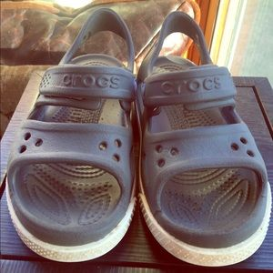 Toddler Sized 10 crocs 🐊